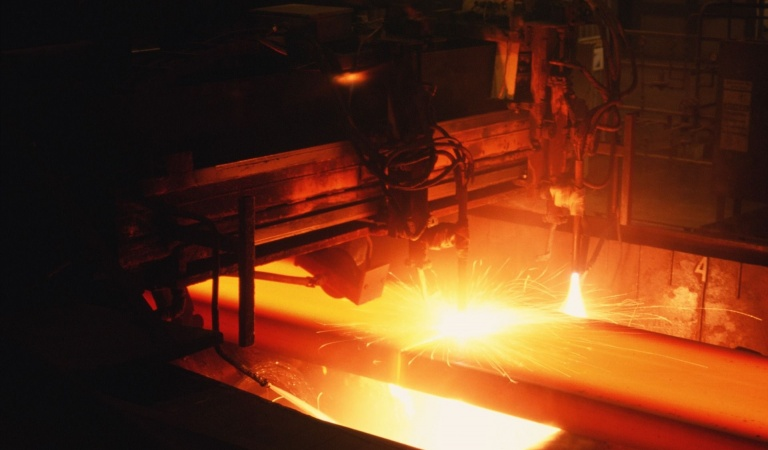 steel iStock-92221395.jpg